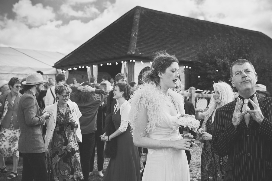 laughton-barns-wedding-photography-014