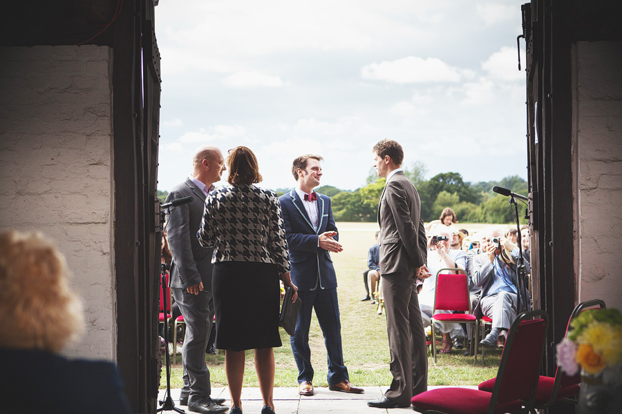 laughton-barns-wedding-photography-023