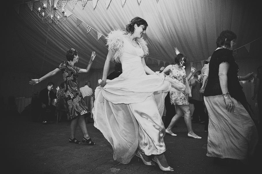 laughton-barns-wedding-photography-108