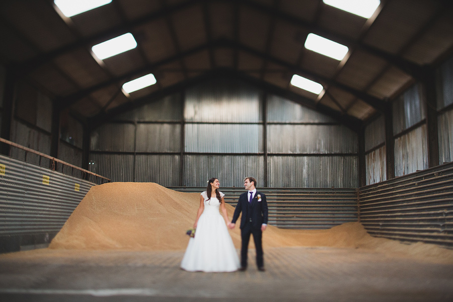 grittenham-barn-wedding-063