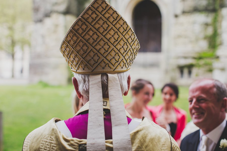 Chichester-Cathedral-Wedding-Photographer-037