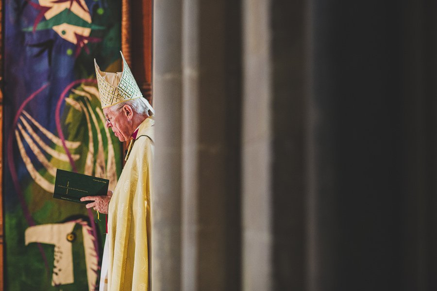 Chichester-Cathedral-Wedding-Photographer-043