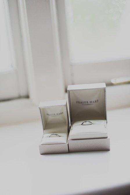Eastwell-Manor-Wedding-Photographer-019