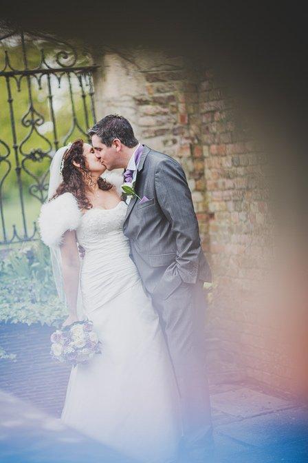 Eastwell-Manor-Wedding-Photographer-044