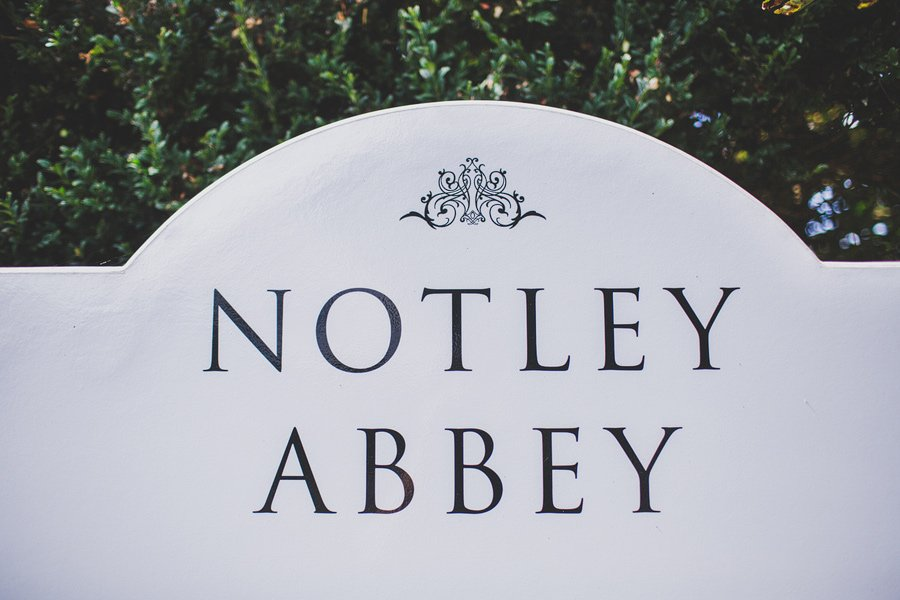 Notley-Abbey-Wedding-Photographer-Ari-and-Matt-01