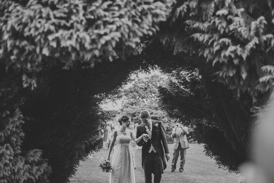 Notley-Abbey-Wedding-Photographer-Ari-and-Matt-40