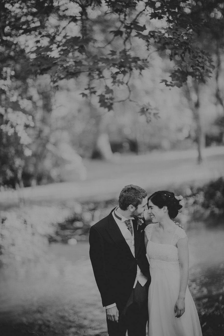 Notley-Abbey-Wedding-Photographer-Ari-and-Matt-62