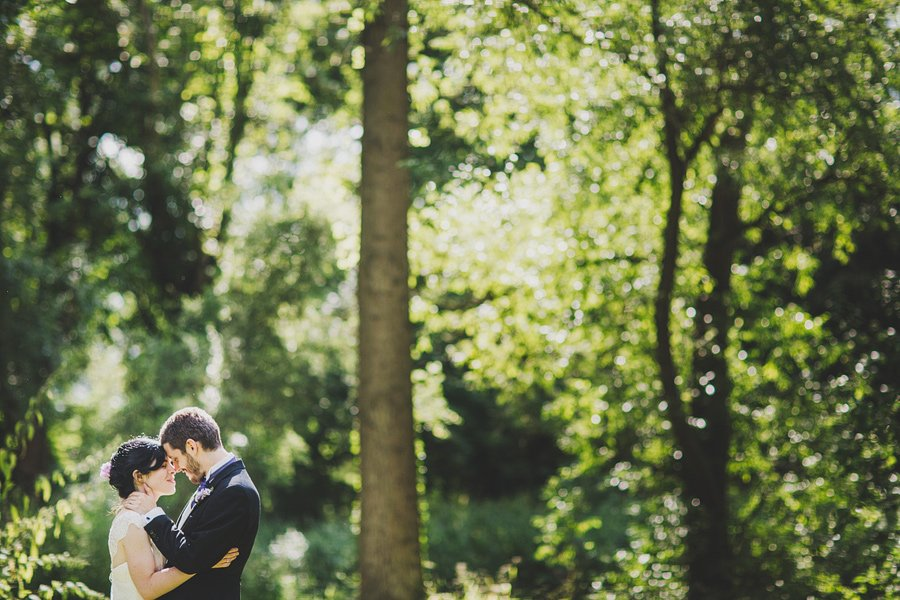 Notley-Abbey-Wedding-Photographer-Ari-and-Matt-66