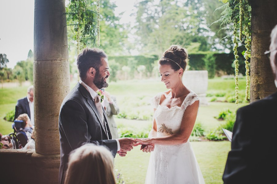 Nymans-Garden-Wedding-Kim-and-Lee-30