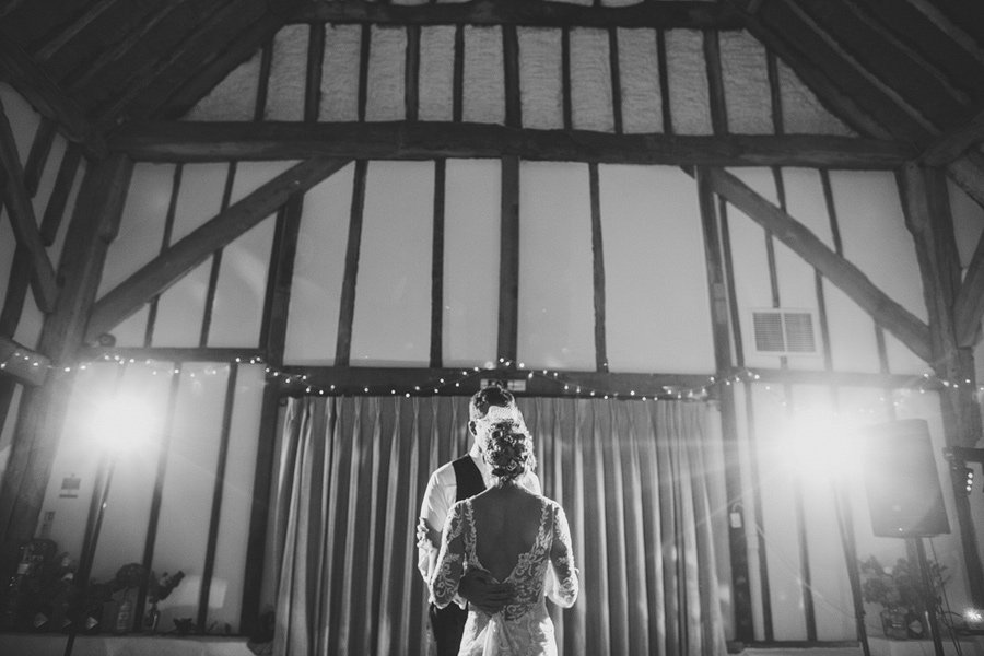 Fitzleroi-Barn-Wedding-Photographer-Jessica-and-Hugh-Simon-Fazackarley-115