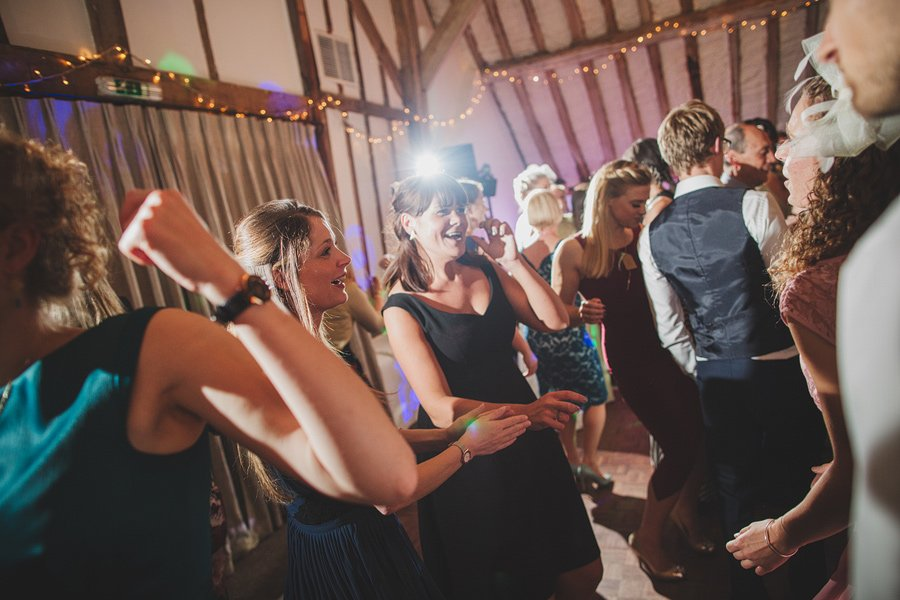 Fitzleroi-Barn-Wedding-Photographer-Jessica-and-Hugh-Simon-Fazackarley-119