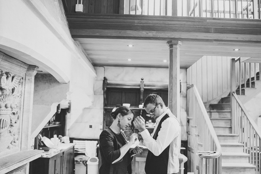 Fitzleroi-Barn-Wedding-Photographer-Jessica-and-Hugh-Simon-Fazackarley-28