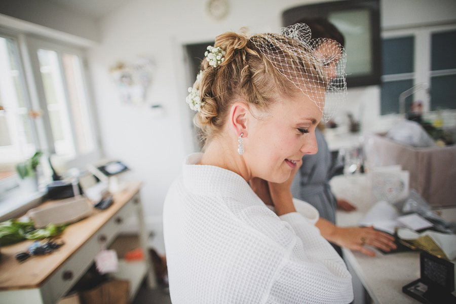 Fitzleroi-Barn-Wedding-Photographer-Jessica-and-Hugh-Simon-Fazackarley-52