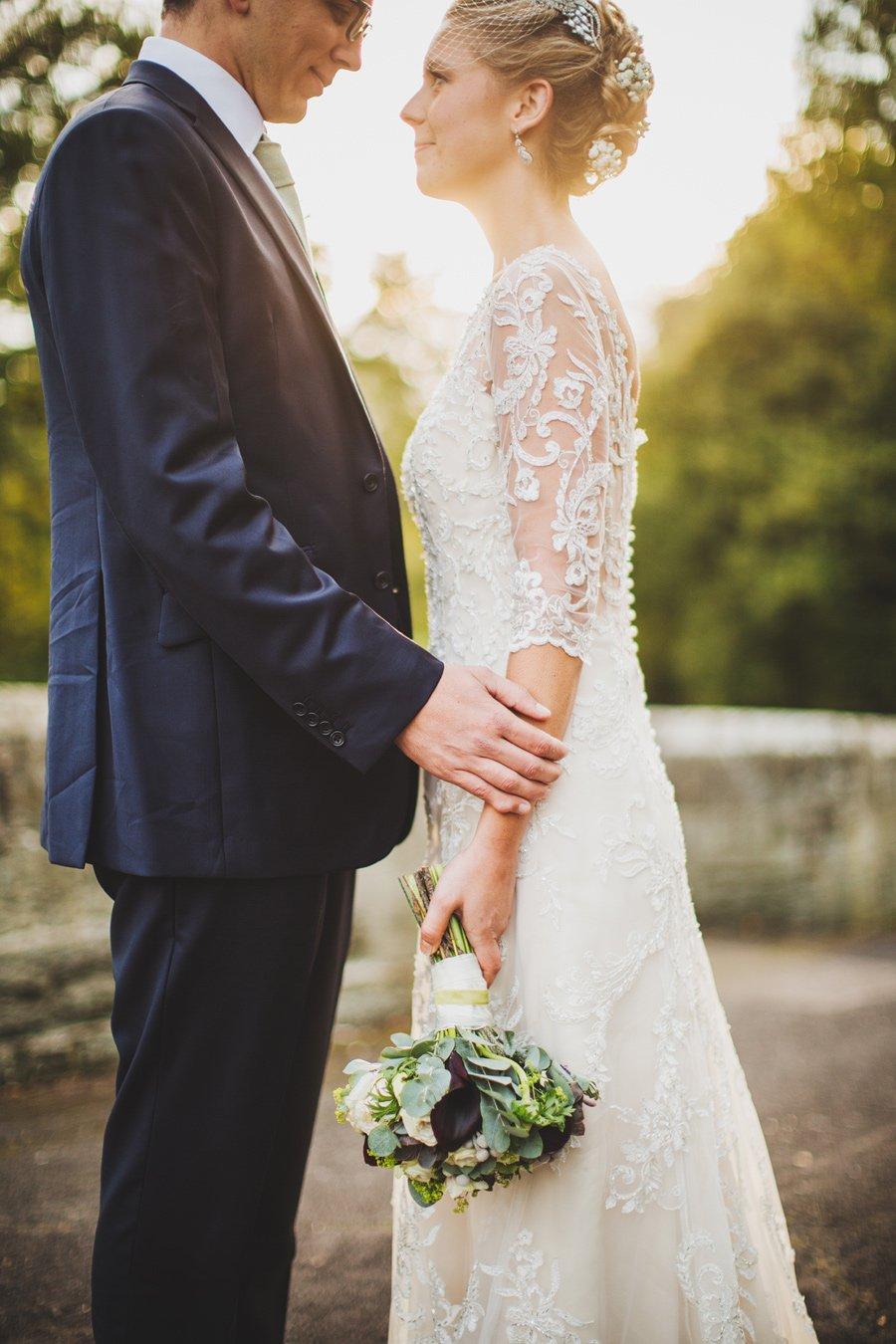 Fitzleroi-Barn-Wedding-Photographer-Jessica-and-Hugh-Simon-Fazackarley-84