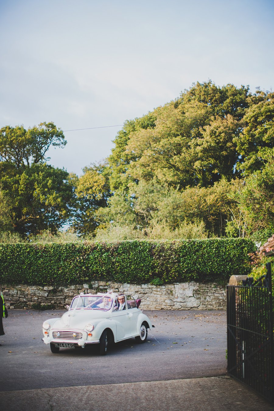 Fitzleroi-Barn-Wedding-Photographer-Jessica-and-Hugh-Simon-Fazackarley-86