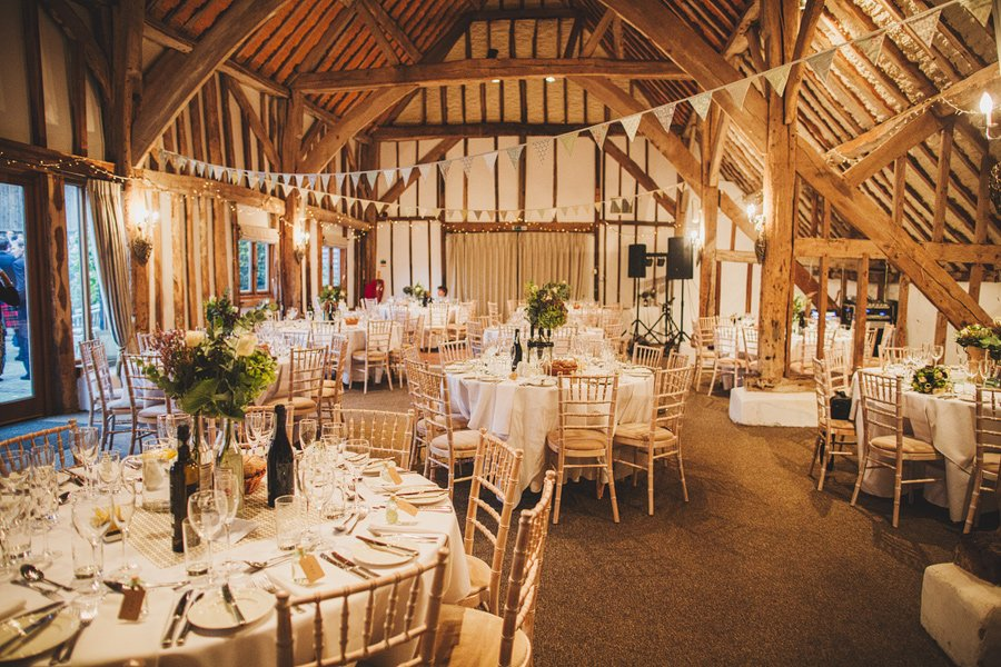Fitzleroi-Barn-Wedding-Photographer-Jessica-and-Hugh-Simon-Fazackarley-92