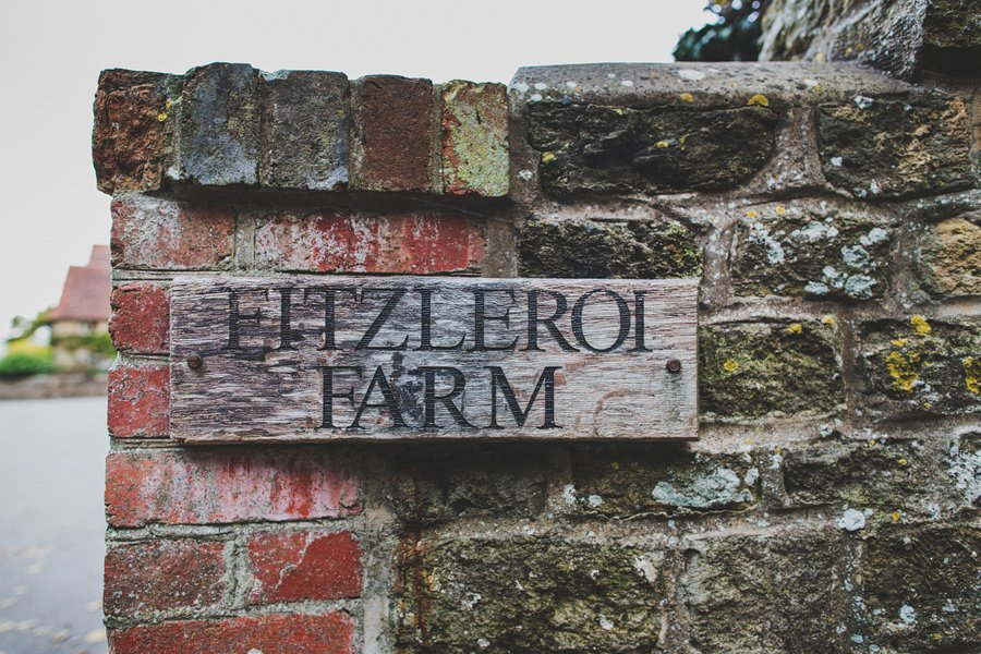 Fitzleroi-Barn-Wedding-Photographer-Jessica-and-Hugh-Simon-Fazackarley-95