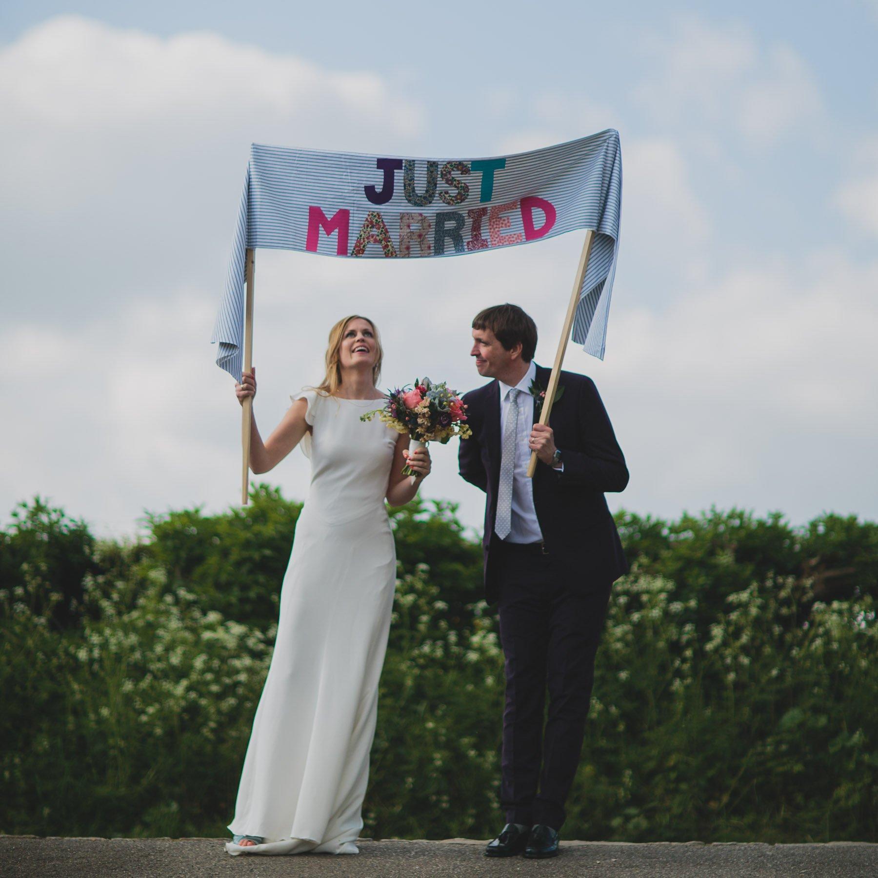 Buckinghamshire-Wedding-Lizzie-Duncan-105