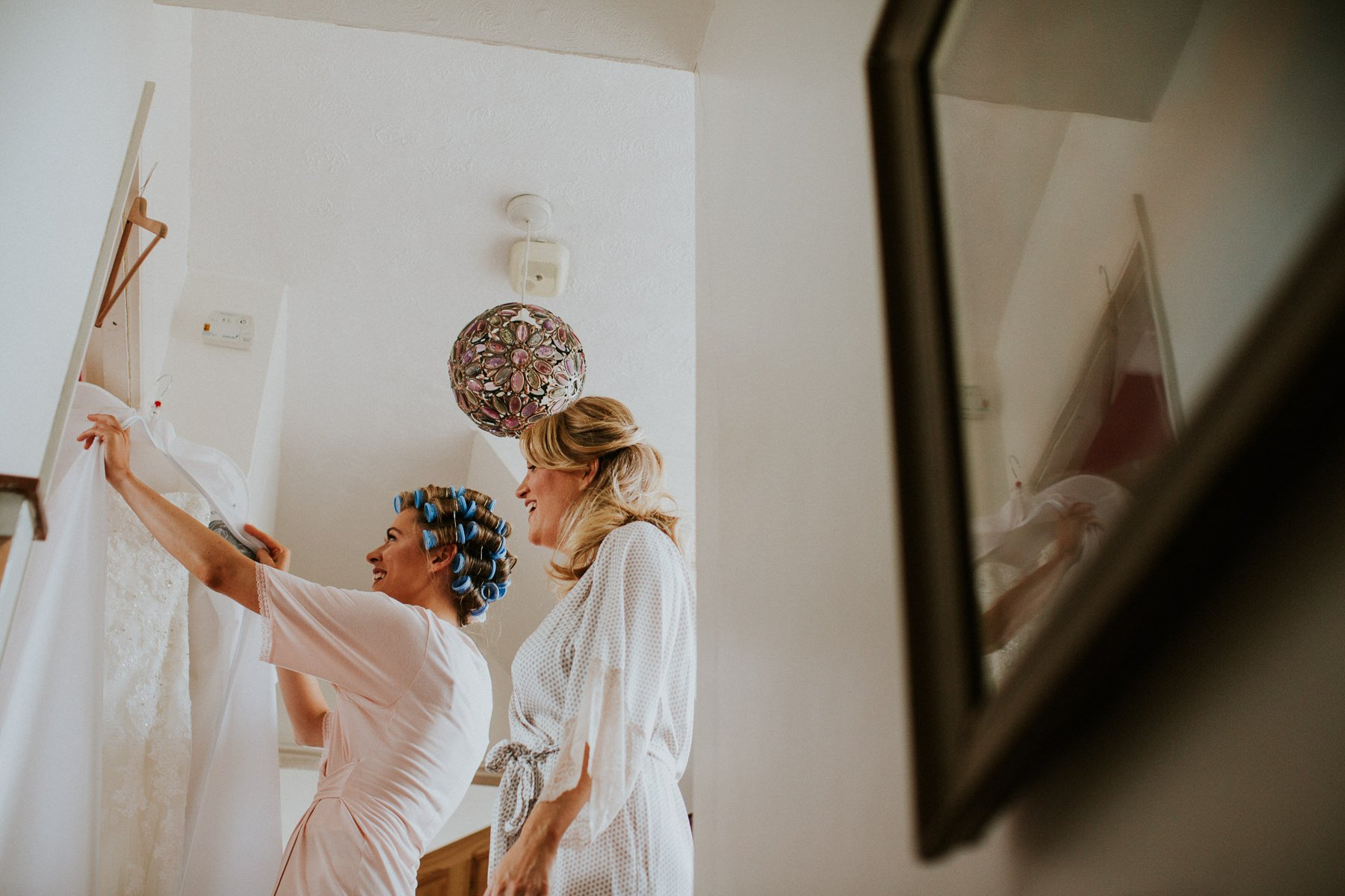 rumbolds-barn-wedding-photography-fazackarley-jess-chris-007