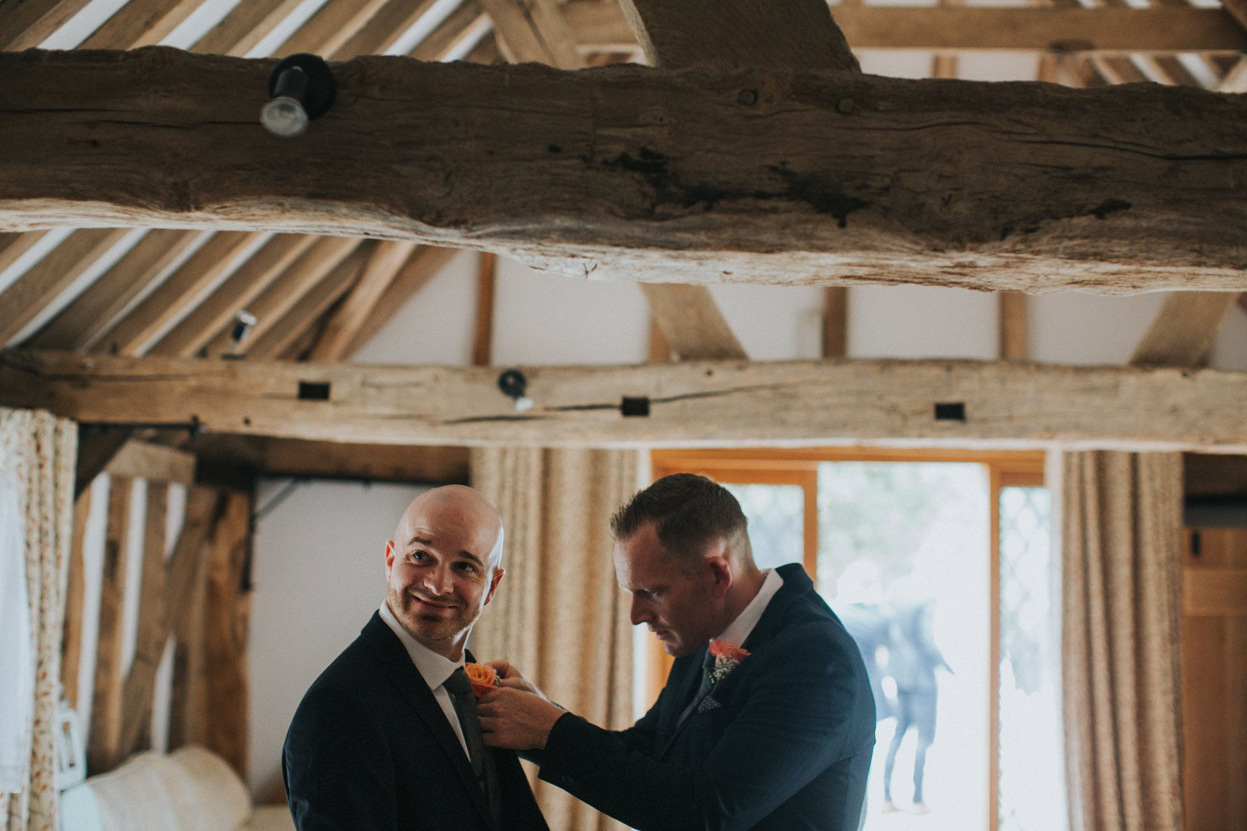 rumbolds-barn-wedding-photography-fazackarley-jess-chris-026