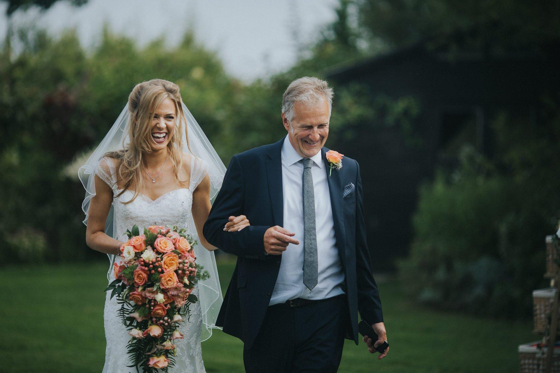 rumbolds-barn-wedding-photography-fazackarley-jess-chris-054