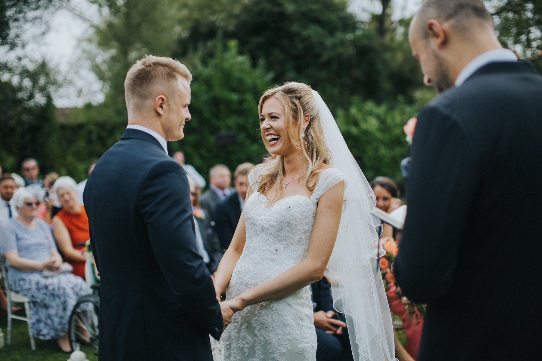 rumbolds-barn-wedding-photography-fazackarley-jess-chris-059
