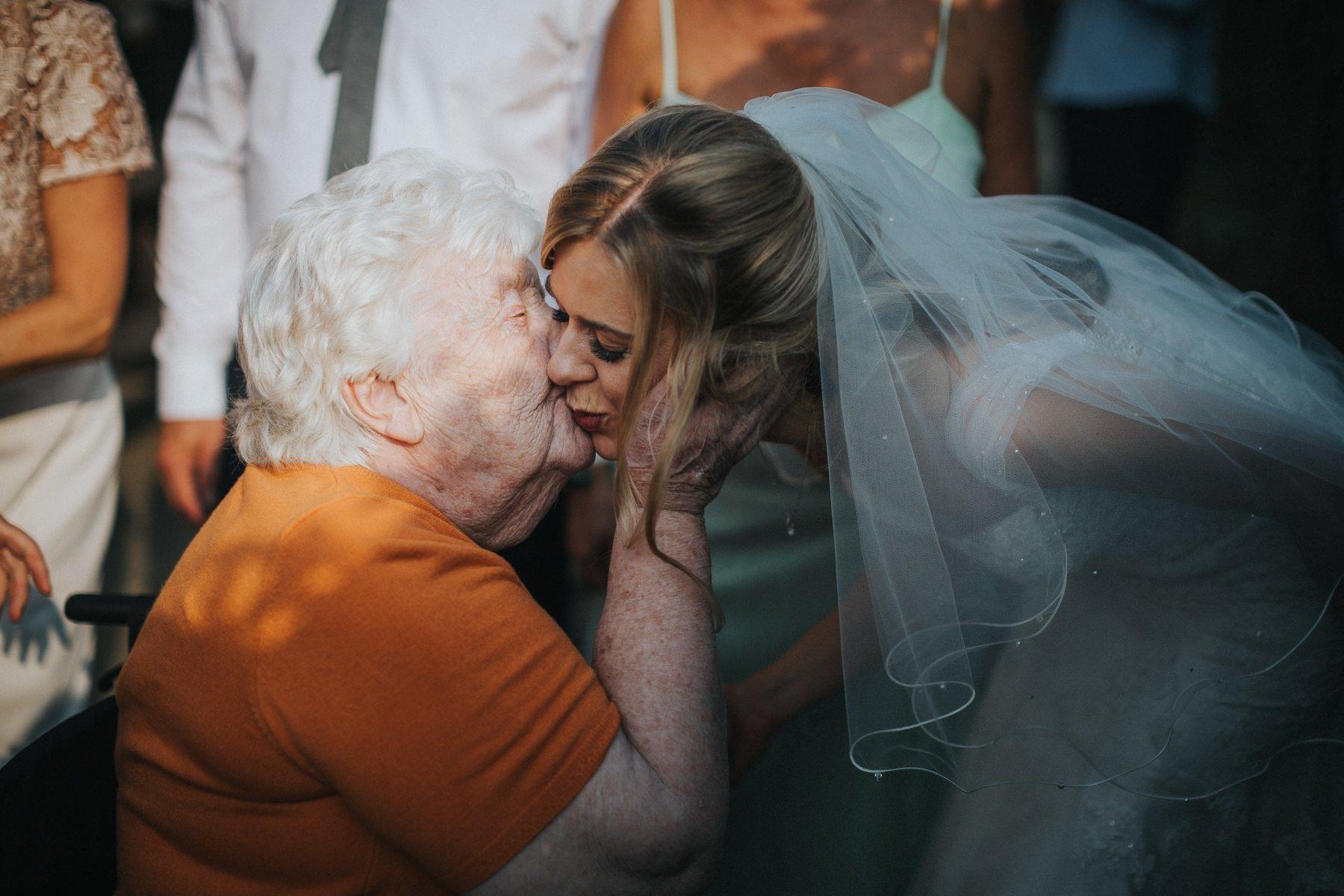 rumbolds-barn-wedding-photography-fazackarley-jess-chris-115
