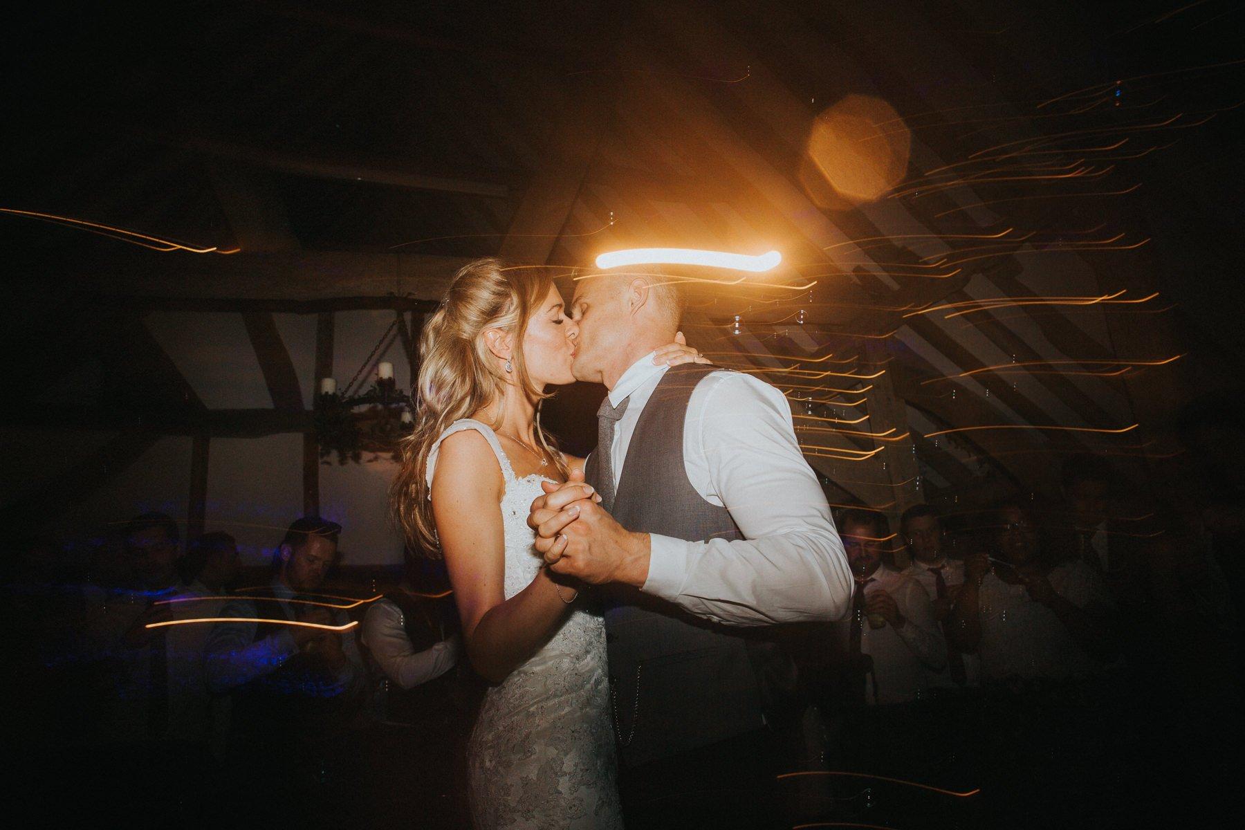 rumbolds-barn-wedding-photography-fazackarley-jess-chris-145