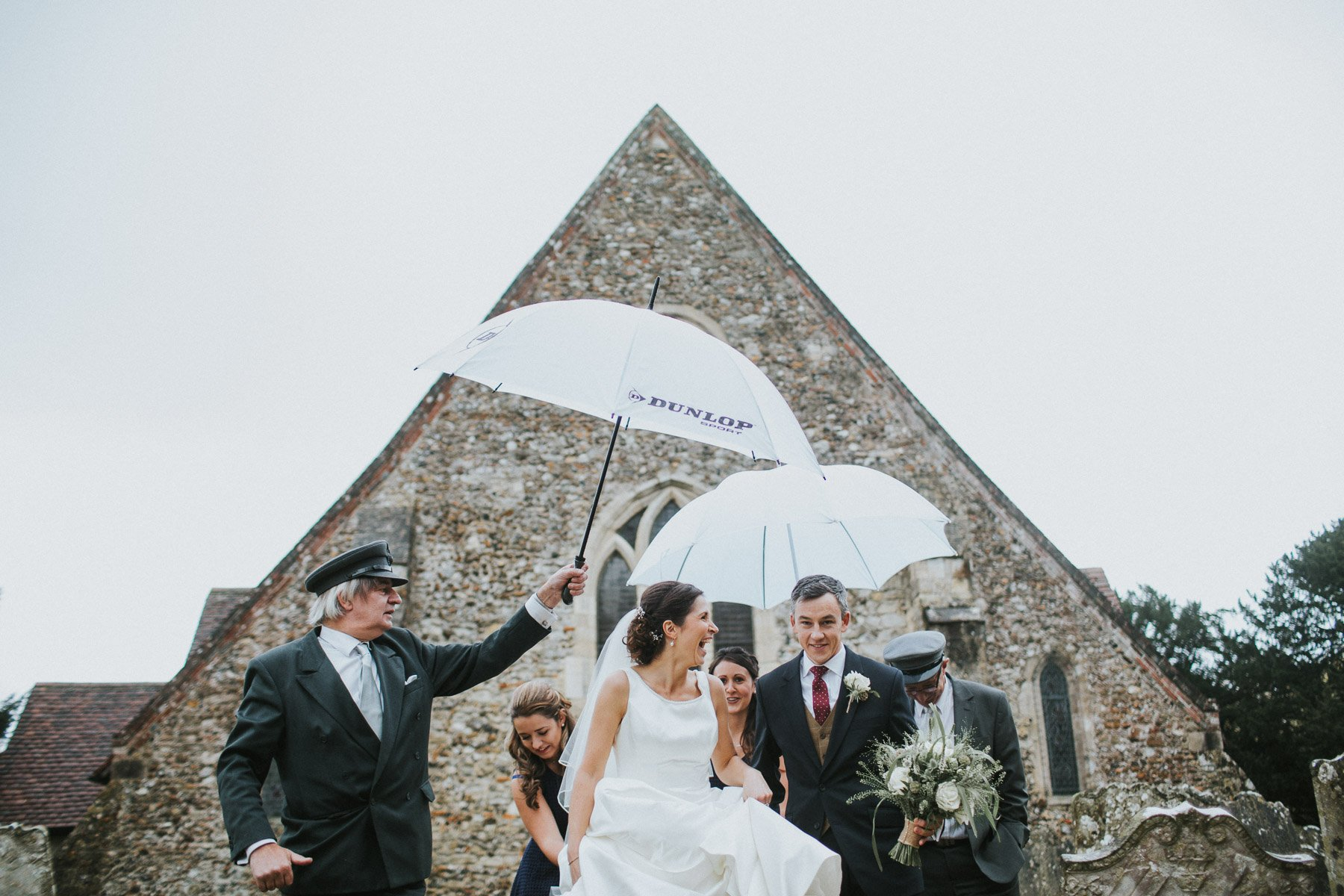 wedding-photography-when-raining