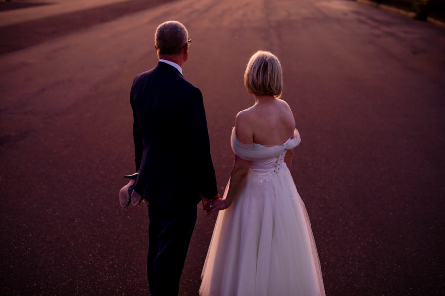 learn to be a wedding photographer