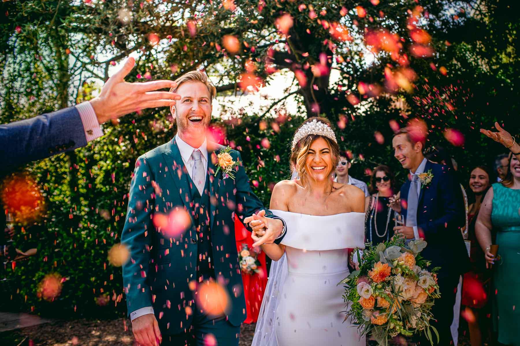 surrey wedding photography confetti